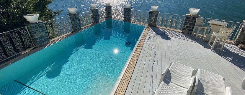 Ville di Lusso Dervio Fronte Lago Como con piscina